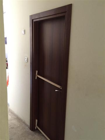 דלת למינטו אגוז צבע בתנור לאתי מכפר סבא