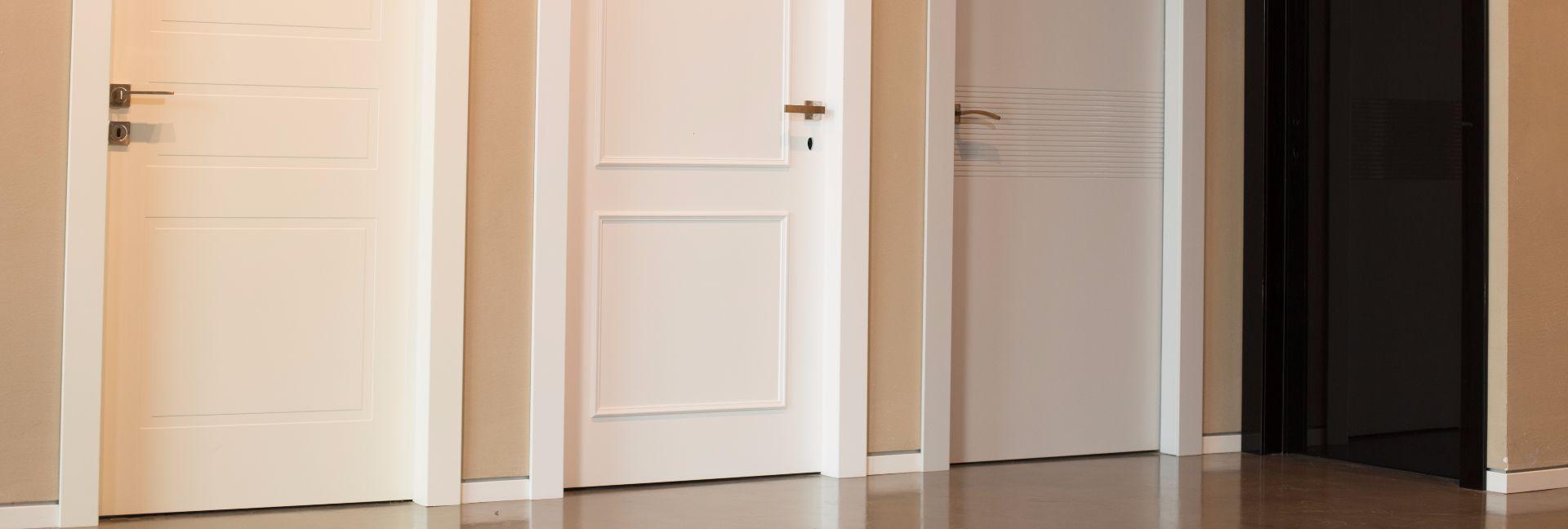 לסלידר-דלתות-צבע-עם-מגוון-דגמי-חריטה