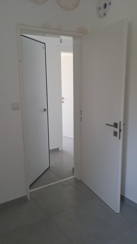 דלת ממד לבנה 2